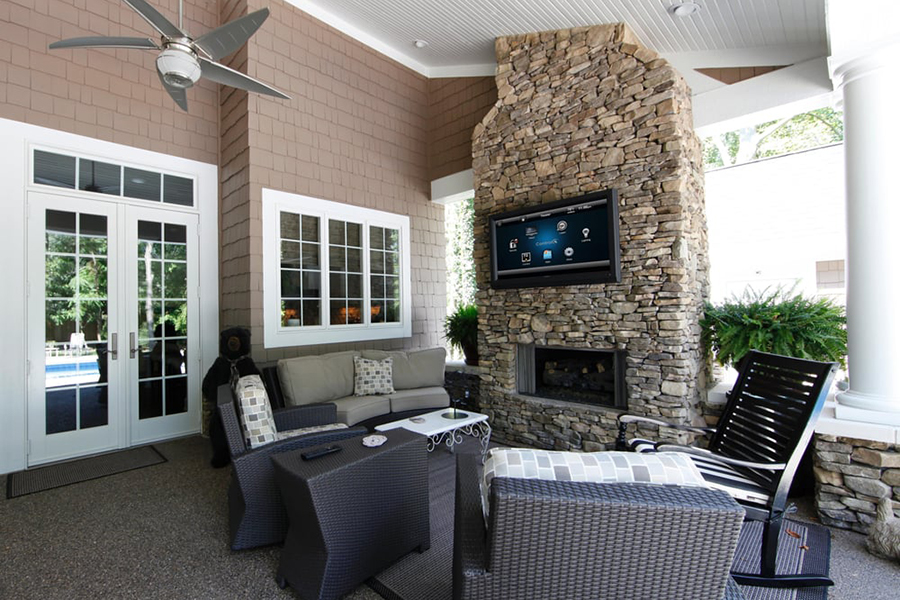 Outdoor home theater 2